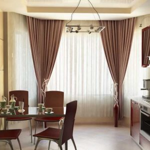 Дизайн штор для кухни — 130 фото самых лучших идей, как оформить шторы в интерьере кухни